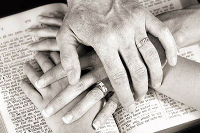hands-Bible-family-SLIDER